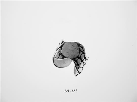 AN 1652