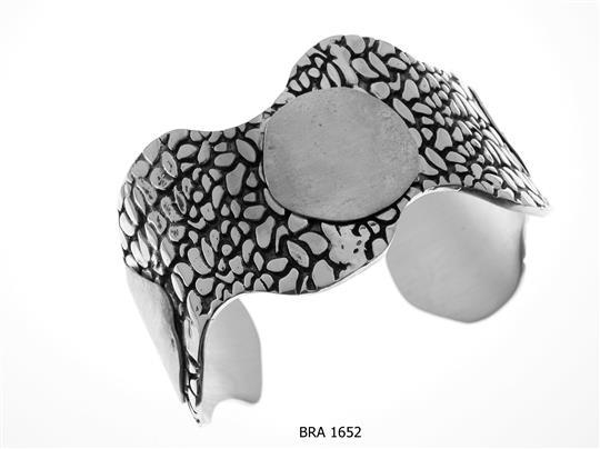 BRA 1652