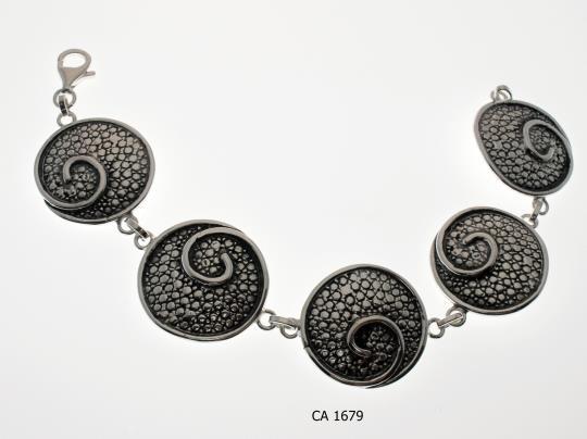 CA 1679