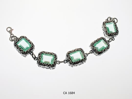 CA 1684