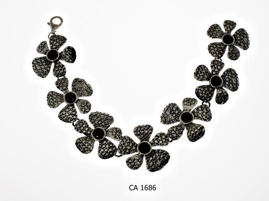 CA 1686