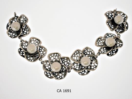 CA 1691
