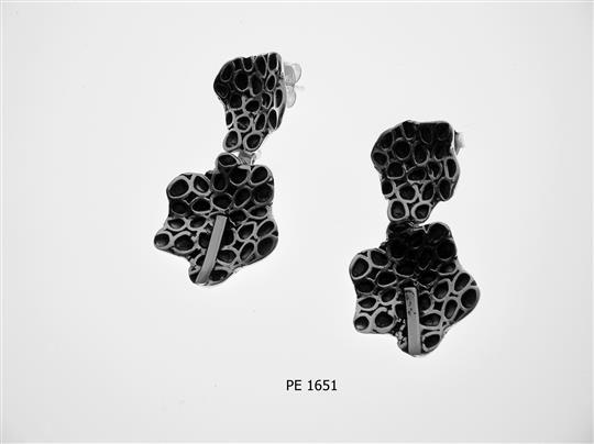 PE 1651