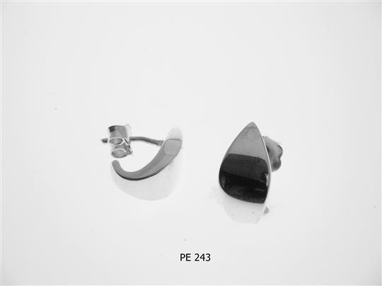 PE 243