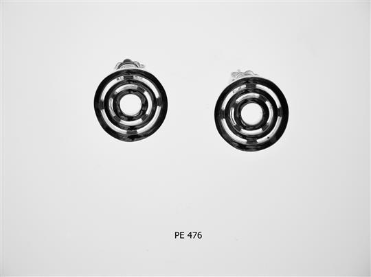 PE 476